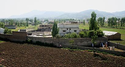 הבית שבו הסתתר בן לאדן בפקיסטן (צילום: AP ) (צילום: AP )
