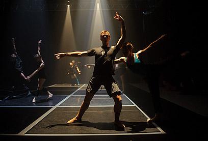 להקת הבלט הישראלי על הבמה. מי יהיה המנהל האמנותי?  (צילום: בן קלמר) (צילום: בן קלמר)
