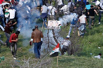 סורים פורצים לישראל בשנה שעברה. השנה הם יוותרו על זה? (צילום: רויטרס) (צילום: רויטרס)
