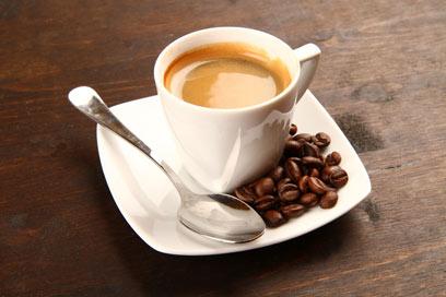 לא מומלץ לשתות קפה (צילום: shutterstock) (צילום: shutterstock)