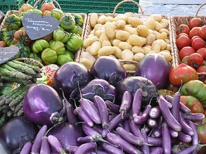 ירקות נפסלים על סמך פרמטרים של יופי (צילום: מיכל הלוי) (צילום: מיכל הלוי)