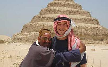גרפל בתמונה מהפייסבוק, מטיוליו במצרים ()