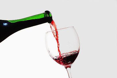 יין אדום עשיר בנוגדי חמצון ומנטרל רעלים (צילום: IndexOpen) (צילום: IndexOpen)