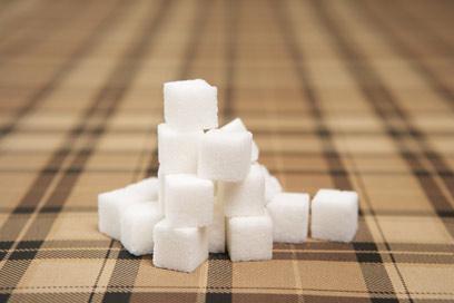 רמות סוכר גבוהות בדם מזיקות לגוף (צילום: ablestock) (צילום: ablestock)