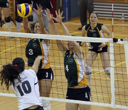 אירוע שכולו אפליה. כדורעף נשים (צילום: אורן אהרוני)