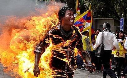 הגולה הטיבטי שהצית את עצמו למוות בניו דלהי. ג'אמפל ישי (צילום: AFP) (צילום: AFP)