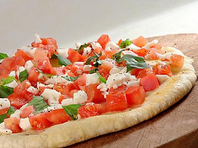 הפיצה הכשרה לפסח של טרנטינו (צילום: מייקל גולדסטין )