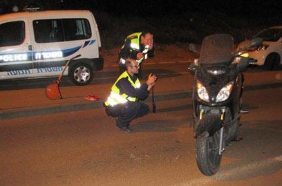 זירת התאונה בצפון תל אביב (צילום: אמיר מורל, דוברות משטרת תל אביב) (צילום: אמיר מורל, דוברות משטרת תל אביב)