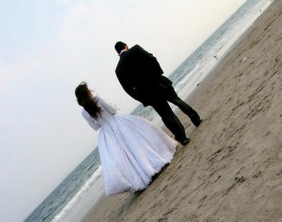 """""""השיח הרווח בציבור הדתי לפני החתונה וגם לאחריה, הוא 'תתני לו גם אם לא בא לך', 'תאפשרי, תזרמי'. זה הדבר הכי גרוע"""" (צילום: shutterstock) (צילום: shutterstock)"""