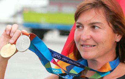 שלל של 8 מדליות זהב ו-4 מדליות כסף (צילום: Gettyimages) (צילום: Gettyimages)