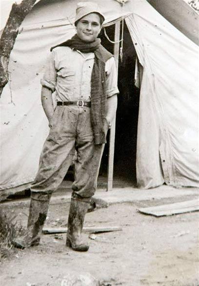 זאב רטנר בצעירותו (צילום רפרודוקציה: ירון ברנר) (צילום רפרודוקציה: ירון ברנר)
