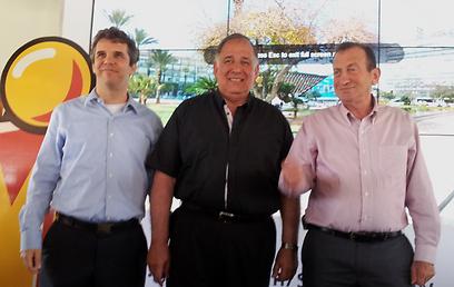 מימין: רון חולדאי, יונה יהב ומאיר ברנד (צילום: אהוד קינן)