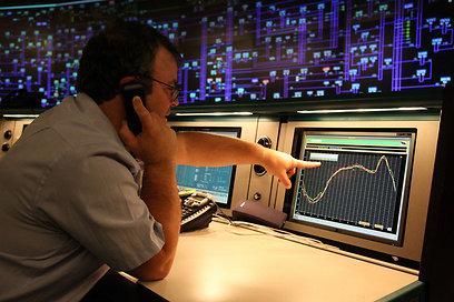 צריכת החשמל בקיץ 2012 הייתה גדולה מההערכות (צילום: אבישג שאר-ישוב)