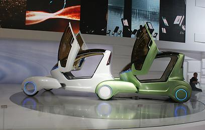 צ'רי אנט, מכונית חשמלית שמתחברת לשרשרת כמו שיירת נמלים ()