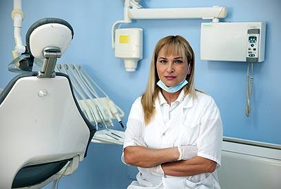 סיימה לימודי רפואת שיניים בירושלים (צילום: אבישג שאר-ישוב) (צילום: אבישג שאר-ישוב)