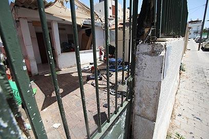 במקום מתגוררים מבקשי מקלט מאריתראה (צילום: מוטי קמחי) (צילום: מוטי קמחי)