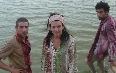 דנה מודן עם קייס נאשף ומשה אשכנזי. הם גם משחקים (צילום: HOT3) (צילום: HOT3)