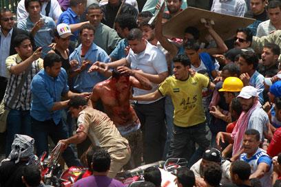 זירת המהומות בקהיר, היום (צילום: AFP) (צילום: AFP)