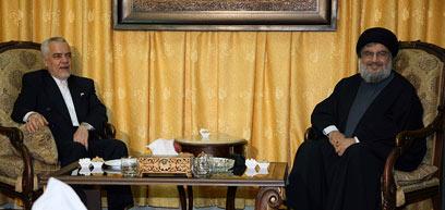 מסר של תמיכה לחיזבאללה. סגן נשיא איראן ונסראללה (צילום: רויטרס) (צילום: רויטרס)