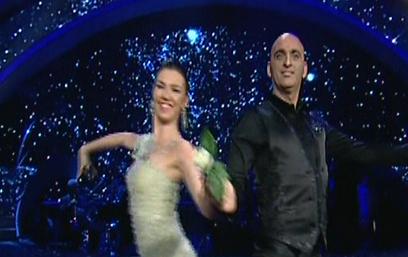 """""""רוקדים עם כוכבים"""". יהיו גלבות, יהיה שמח (צילום: ערוץ 2) (צילום: ערוץ 2)"""