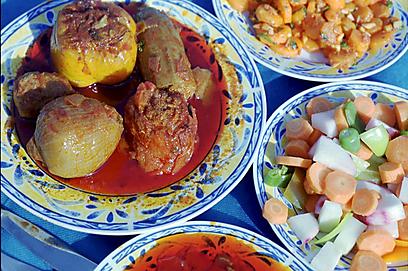 אוכל טריפוליטאי אצל עצמון (צילום: שלום בר טל) (צילום: שלום בר טל)