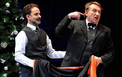 """מתוך ההצגה """"נורה"""" בתיאטרון באר שבע        (צילום: יוסי צבקר) (צילום: יוסי צבקר)"""