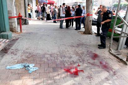 זירת הרצח בנתניה (צילום: עידו ארז) (צילום: עידו ארז)