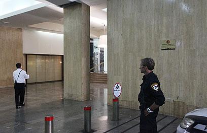 המשטרה מחפשת אחר החשוד באונס (צילום: מוטי קמחי) (צילום: מוטי קמחי)