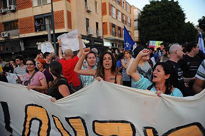 צעדת אנשי השכונות בתל-אביב    (צילום: בן קלמר) (צילום: בן קלמר)