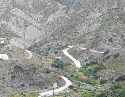 הדרך המפותלת שמובילה לאולימבוס (צילום: יעל לינזן) (צילום: יעל לינזן)