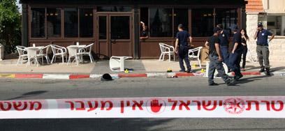 """זירת הרצח בבית שאן, מאי 2012 (צילום: אחיה ראב""""ד) (צילום: אחיה ראב"""