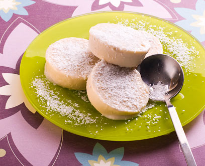 גלידת חלבה וקוקוס (צילום: ראובן אילת)