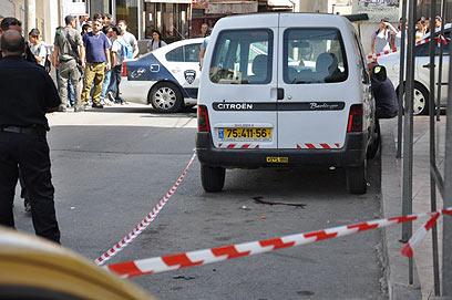 האשה נורתה בראשה ברחוב בכפר יאסיף (באדיבות אתר אלמאדאר) (באדיבות אתר אלמאדאר)