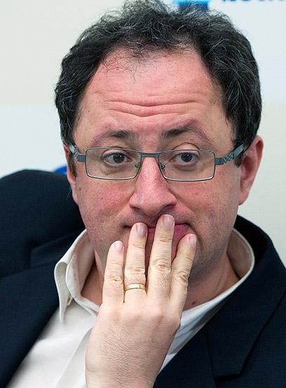 """גלפנד לאחר ההפסד. """"השחמט הישראלי ניצח"""" (צילום: AP) (צילום: AP)"""