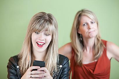 מערכת היחסים הכי מסובכת - אמהות ובנות (צילום: shutterstock) (צילום: shutterstock)