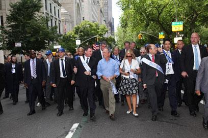 בלומברג, אדלשטיין ושלום במצעד (צילום: שחר עזרן) (צילום: שחר עזרן)