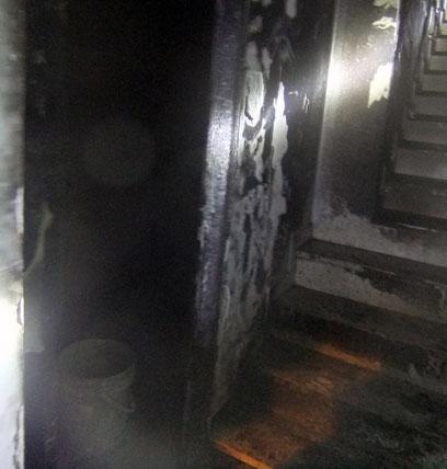 נזק כבד נגרם  (צילום: שרותי כבאות והצלה ירושלים) (צילום: שרותי כבאות והצלה ירושלים)