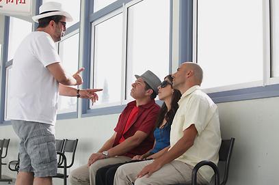 שמי זרחין על הסט. כך מביימים שחקנים (צילום: ורד אדיר) (צילום: ורד אדיר)