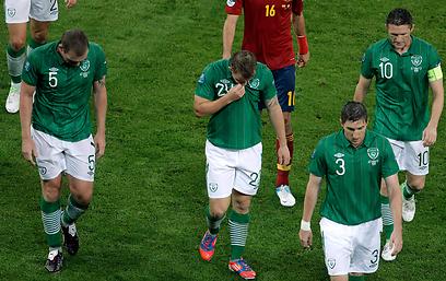 הפנים של האירים אומרות הכל (צילום: AP) (צילום: AP)