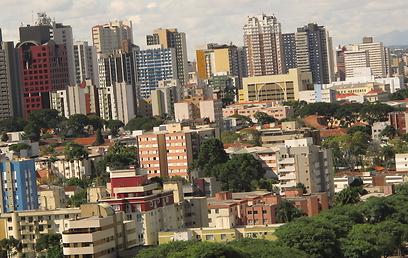 העיר קורייטיבה בברזיל (צילום: sutterstock) (צילום: sutterstock)