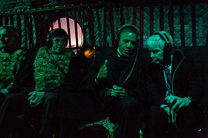 חדר חושך. בטיסה לארמון הנשיאות בקאבול, אפגניסטן (צילום: Official White House Photo by Pete Souza) (צילום: Official White House Photo by Pete Souza)