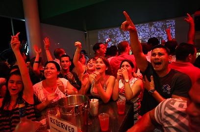 החגיגות - לא רק במגרש, אלא בכל פלורידה (צילום: AFP) (צילום: AFP)