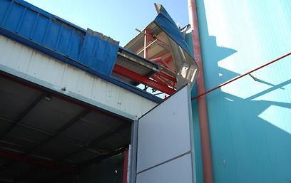 נזק שנגרם למפעל (צילום: זאב טרכטמן) (צילום: זאב טרכטמן)