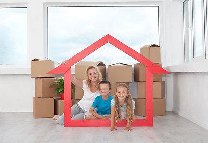 בשרו לילדים לפני שהארגזים מופיעים בבית (צילום: shutterstock) (צילום: shutterstock)
