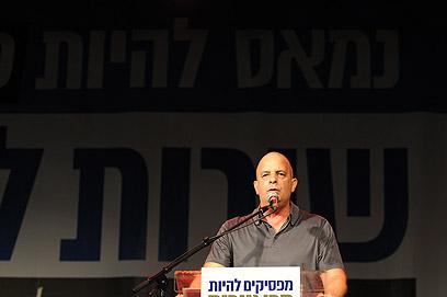 """דיסקין, הערב בתל אביב. """"עומד כאן ומתרגש"""" (צילום: ירון ברנר) (צילום: ירון ברנר)"""