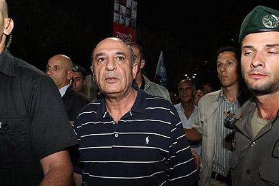 """מופז בהפגנה במוצ""""ש (צילום: עופר עמרם) (צילום: עופר עמרם)"""