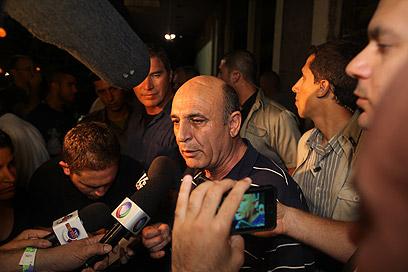 שאול מופז בהפגנה (צילום: מוטי קמחי) (צילום: מוטי קמחי)
