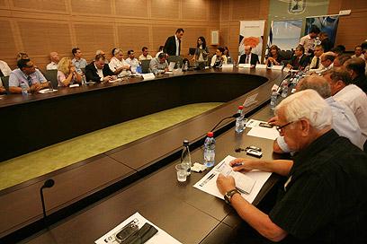 הדיון בוועדה בכנסת (צילום: גיל יוחנן) (צילום: גיל יוחנן)