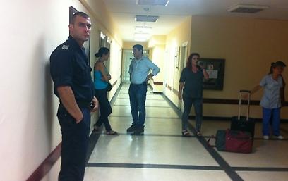 אבטחה בבית החולים בבורגס (צילום: כרמית ראובן) (צילום: כרמית ראובן)