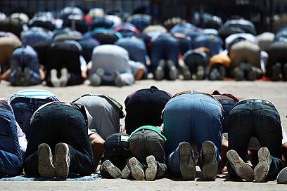 Ramadan in Al-Aqsa Mosque, Jerusalem (Photo: EPA)